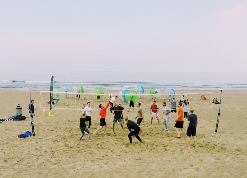 Organiseer een bedrijfsuitje op het strand