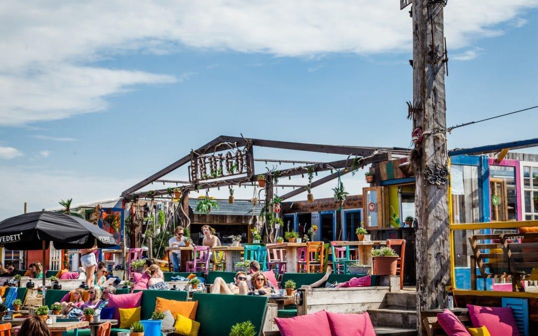 Bedrijfsfeest op het strand? 7 redenen om dat bij Indigo te doen